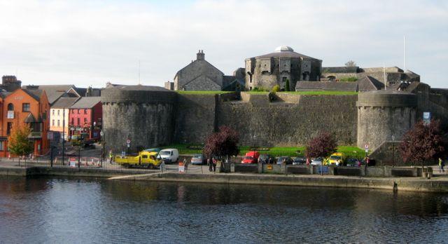 Athlone Ireland  city images : Ireland 2009: Athlone Castle